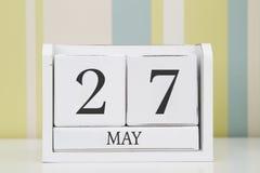 立方体形状日历5月27日 库存图片