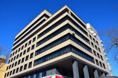 建立现代办公室的阿斯塔纳 库存图片