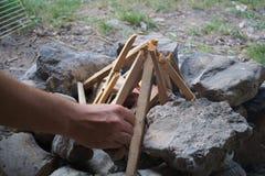 建立阵营火在山 库存图片