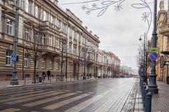 立陶宛 维尔纽斯老街道  新年度在维尔纽斯 2017年12月31日 库存照片