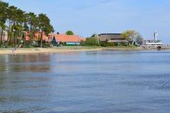 立陶宛 观点的从Curonian海湾的奈达 免版税库存照片