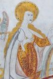 站立在天国,一幅哥特式壁画的圣母玛丽亚 库存图片