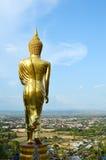 站立在山Wat Phra那Khao Noi的菩萨 库存图片
