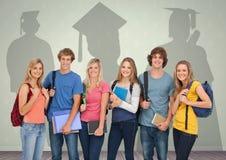 站立在毕业生阴影前面的小组学生 库存例证