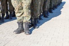 站立在行的战士 免版税库存照片