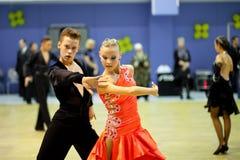 竞争夫妇跳舞体育运动 免版税图库摄影