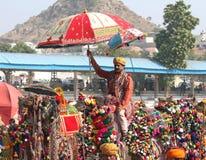 竞争装饰骆驼在普斯赫卡尔骆驼市场 免版税库存照片