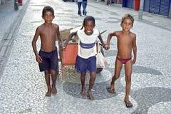 童工在累西腓,巴西 免版税图库摄影