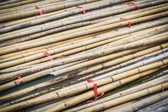 竹材料为关于建筑工作的使用 库存照片