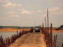 竹桥梁湄公河 免版税库存照片
