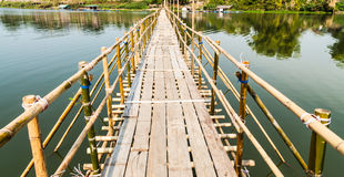 竹桥梁 免版税图库摄影