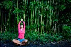 竹瑜伽 免版税库存图片