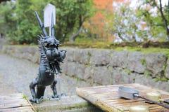 竹落的喷泉日本人水 免版税图库摄影