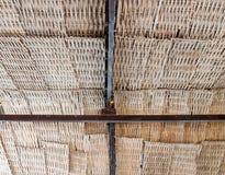 竹织法屋顶 库存图片