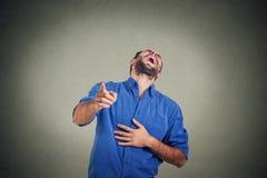 笑的人年轻人 免版税库存图片