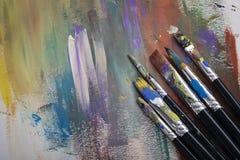 画笔、调色板和艺术品 库存照片