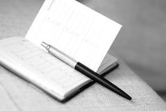 笔和空的地址簿 免版税库存照片