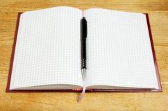 笔和笔记本 免版税库存照片