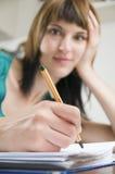 笔和表面 库存图片