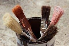画笔查出的油漆白色 免版税图库摄影