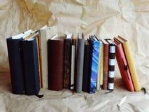 笔记本和书 免版税库存图片