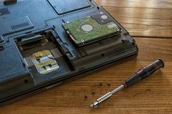 笔记本硬盘修理 免版税库存图片
