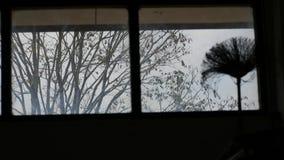 笤帚的阴影在屋子后的 免版税库存图片