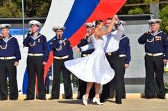 符拉迪沃斯托克, 2015年10月, 05日 太平洋舰队的歌曲和舞蹈合奏音乐会在符拉迪沃斯托克的 免版税库存照片