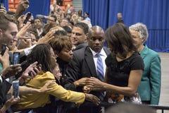 第一个夫人米歇尔・奥巴马发表一次演说 免版税库存照片
