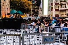第一天每年金黄扣子音乐节在Cinarcik镇-土耳其 免版税图库摄影