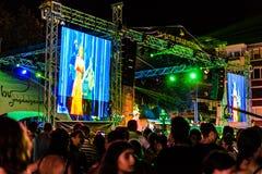 第一天每年金黄扣子音乐节在Cinarcik镇-土耳其 图库摄影