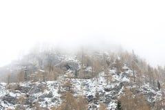 第一山雪 库存图片