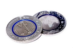 第一枚德国人五欧元硬币 免版税图库摄影