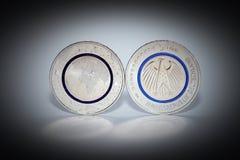 第一枚德国人五欧元硬币 图库摄影