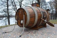 第一艘纪念碑俄语潜水艇 免版税库存图片