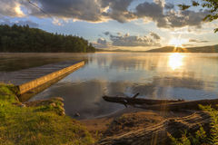 第七湖岸日落 库存图片
