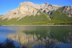 第三个Ghost湖风景风景班夫国家公园加拿大人落矶山 免版税库存图片