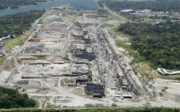 第三套的鸟瞰图锁建造场所,巴拿马运河 免版税库存照片