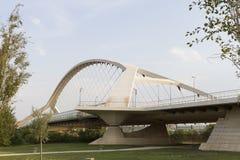 第三座千年桥梁,萨瓦格萨,西班牙 免版税库存图片