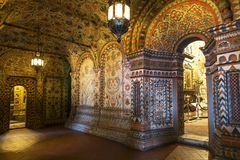 第二个排圣蓬蒿` s大教堂Pokrovsky,保护在护城河的贞女,红场的画廊的内部 免版税库存照片