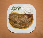 第二个盘用肉调味汁 背景 库存照片