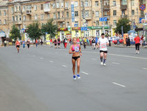 第二十七场西伯利亚国际马拉松 免版税图库摄影