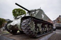 从第二次世界大战的坦克在巴斯托涅,比利时附近 免版税库存图片