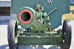 第二次世界大战的苏联的便携式武器的照片,绘在深绿颜色 库存图片