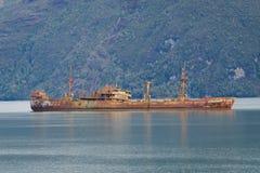 第二次世界大战船水槽在智利巴塔哥尼亚的智利峡湾 库存照片