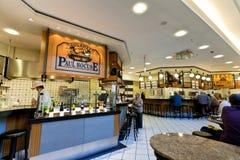 第六个楼食物大厅在KaDeWe商店在柏林 免版税库存图片