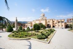 第比利斯三位一体大教堂 免版税库存照片