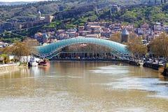 第比利斯和平桥梁 免版税图库摄影