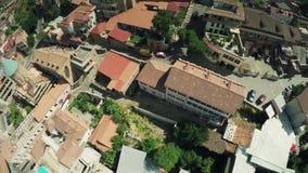 第比利斯市中心寄生虫飞行4k镇城堡教会进城和老城市河英王乔治一世至三世时期秀丽 影视素材