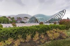 第比利斯,乔治亚- 5月07 :和平桥梁是弓型p 免版税库存图片